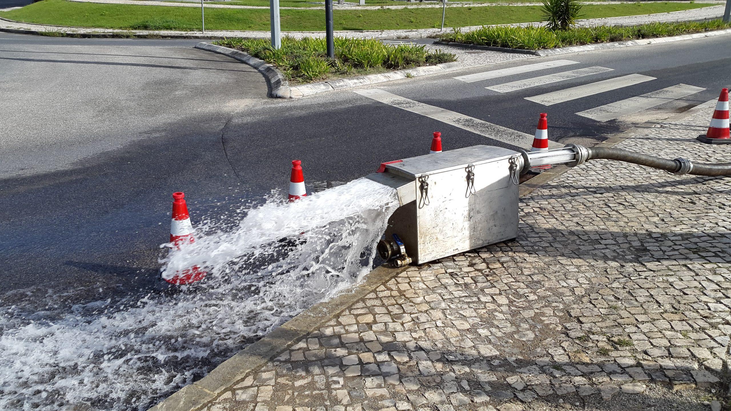 AQUANENA realiza operação de limpeza de condutas de água na vila de Alcanena